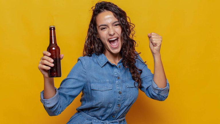 Comprovado: a história mostra que a cerveja foi criada por mulheres